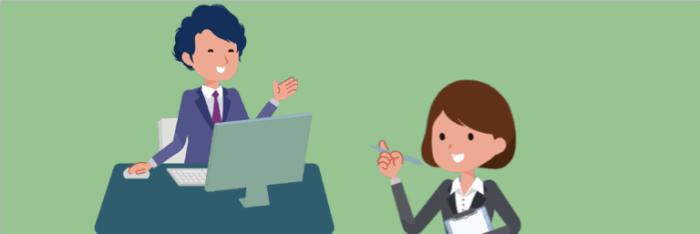 転職エージェントの担当キャリアコンサルタントとキャリア面談をする女性